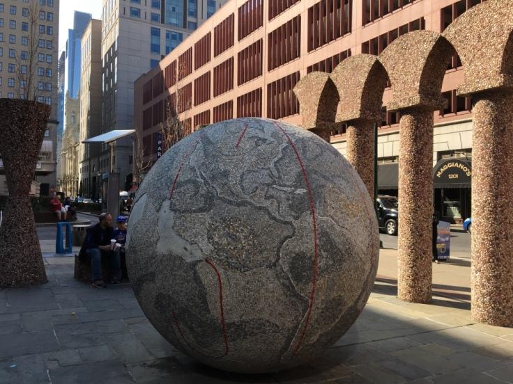 13 - Philadelphia_street_art_globe