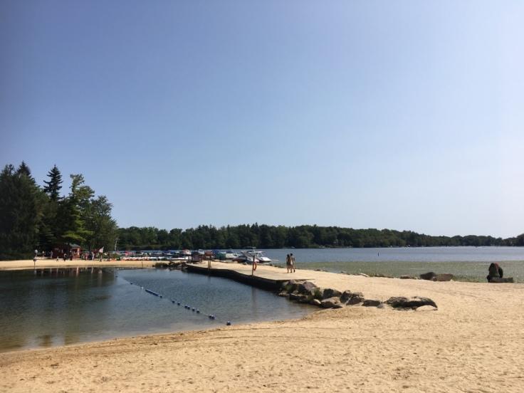 Lake_Harmony_plage